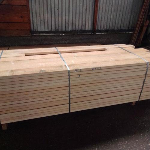 beech slightly steamed square edged lumber 1